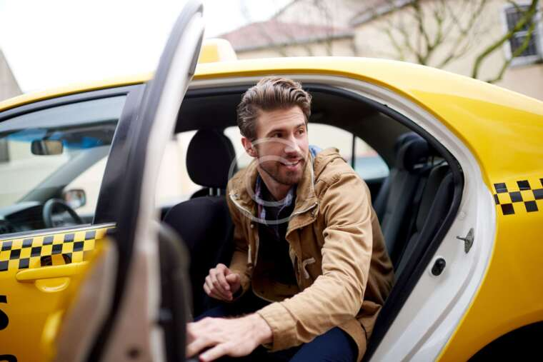 10 Tips for Catching a Cab in Your City